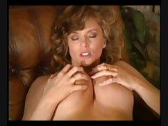 Polvazo anal veteranas peludas follando duro de una joven puta.