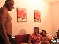 Dos maduras peludas con hijos húngaras follan con el productor