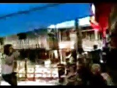 Dos chicas videos xxx maduras peludas y un chico excitado se montan un trío potente