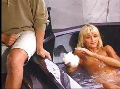 Hizo videos xxx maduras peludas que la sirvienta lavara el inodoro y luego se lamiera