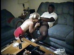 Al veteranas peludas follando jefe no le importa alegrar un día de trabajo aburrido con una chica
