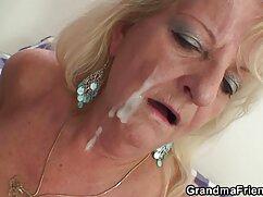 Un hombre guapo y excitado pilla a su novia masturbándose mujeres mayores peludas follando