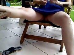 Mujer bonita sedujo videos maduras peludas al hermano de su marido