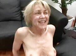 Hermosa rubia se hace girar para un buen sexo videos de mujeres maduras peludas en los arbustos