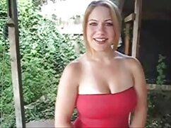 A la morena le gustaba videos de maduras peludas xxx girar sobre un gran baúl